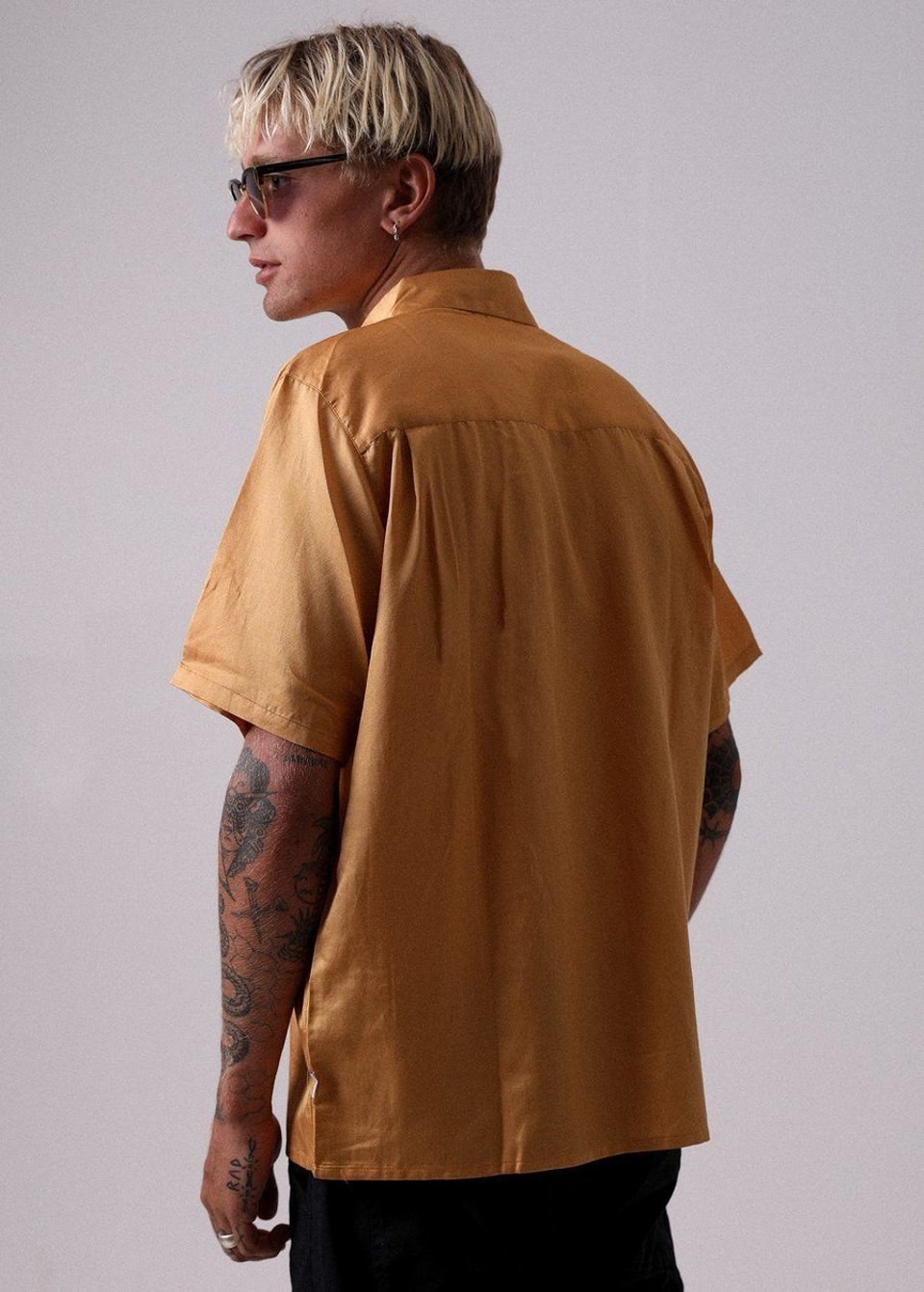 Afends Afends Holidayhemp Silk Shortsleeve Shirt Honey Yellow #2